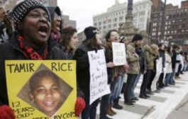 Tamir Rice's mother says 'No Justice' in call for prosecutor's office to step aside